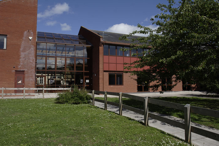 3-exmouth-community-college-1